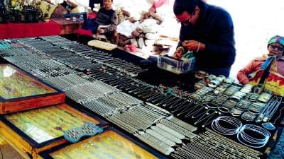 THINGS TO SHOP AT LEH-LADAKH MARKET