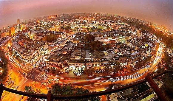5 MOST OUTSTANDING FACTS ABOUT CONNAUGHT PLACE